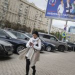 Muscovites play while political freedom disappears