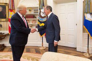 Trump urges Russia, Ukraine to make peace