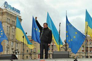 EU And Ukraine Finally Sign Associate Agreement, Heralding Closer Ties