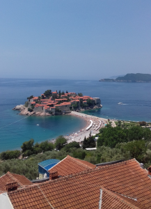 Angry Russia Snaps Tourist Links With Montenegro For The Summer