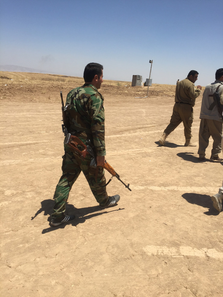 The Iraqi Army And Kurdish Peshmerga Are Not Coordinating Operations Against Islamic State