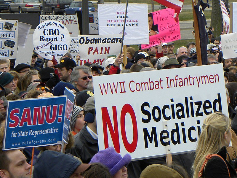 The Hi-Tech Traditionalist: Watch Out America - Socialized Medicine Makes People Suffer