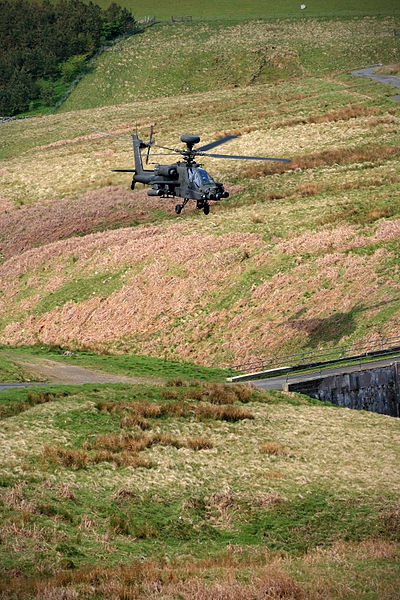 UK Sends Apaches Gunships To Russian Border