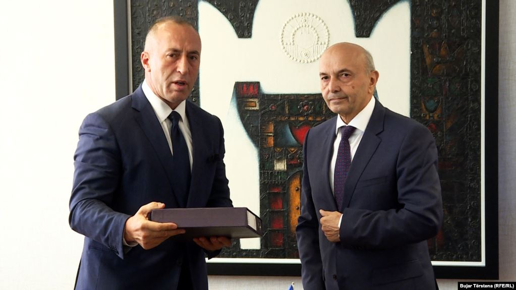 Two Parties Sign Coalition Deal For New Kosovo Government