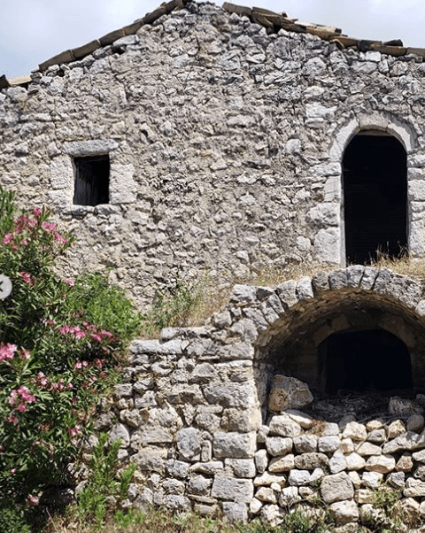 Places to Visit: The Albanian Castle of Himare