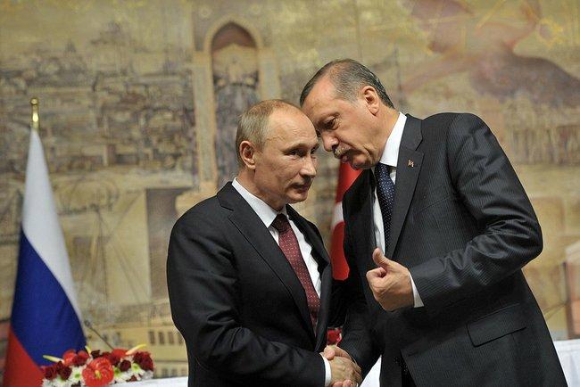 Turkey's Erdogan Backs Putin In Row With Biden